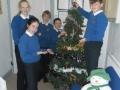 putting-up-christmas-tree-2018-1